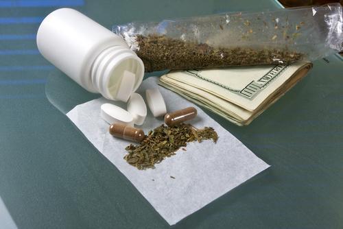 运输毒品罪邮寄毒品快递毒品托运毒品